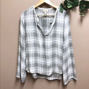 Anthropologie Cloth & Stone Gray Plaid Flannel Top